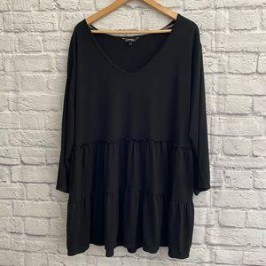4/$20🍄 PLUS SIZE Black Ruffle Layer Tunic Top